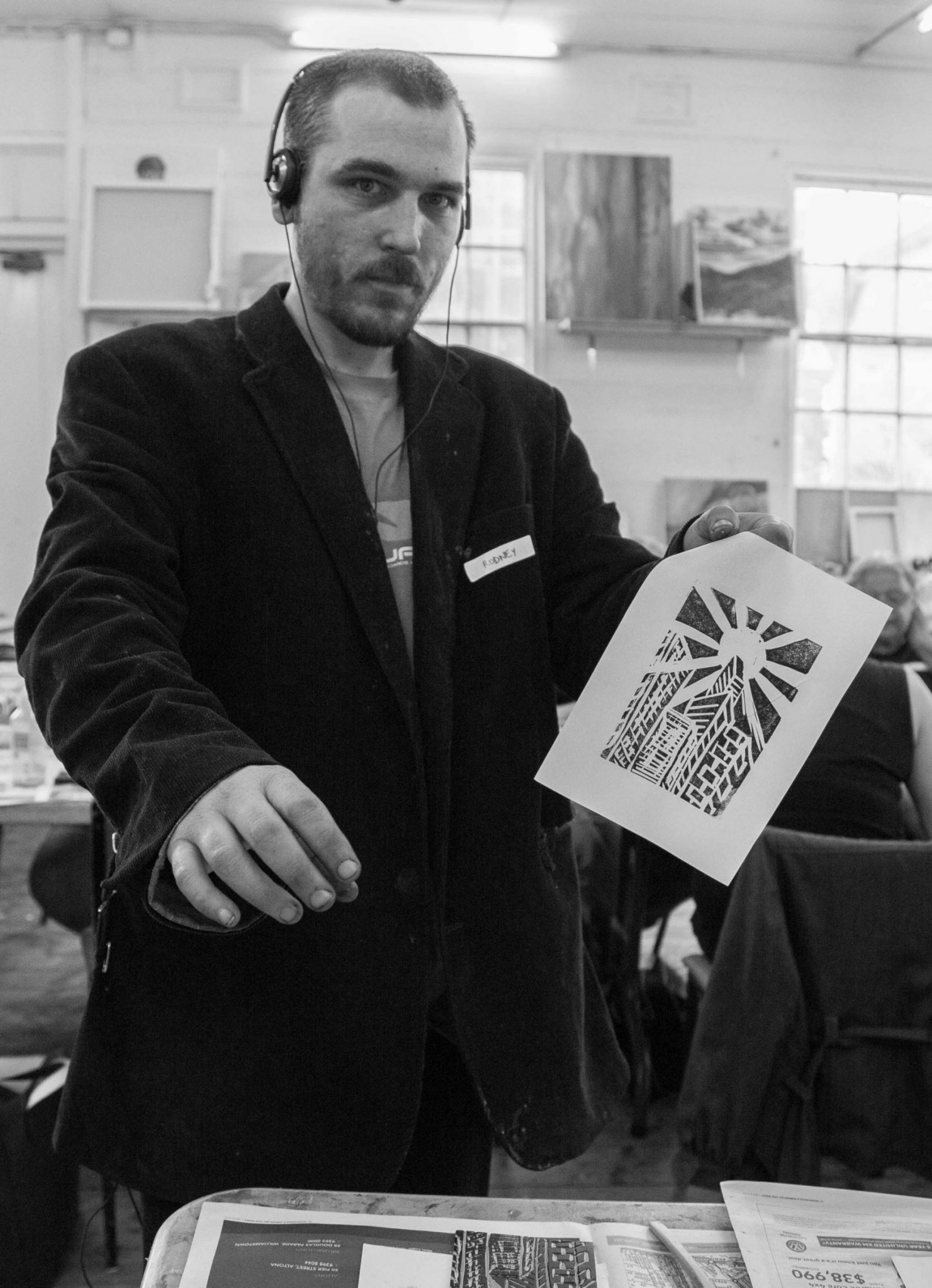 Open Canvas artist Rodney Mallee at a linocut workshop